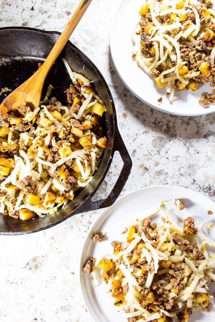 This super easy One-Pan Ground Beef Breakfast Hash requires just four ingredients and makes a deliciously satisfying Paleo, Whole30 or AIP breakfast (or lunch or dinner). Plus, it's ready in 30 minutes flat, so you can fuel up and get on with your day! | HurriedHealthnut.com